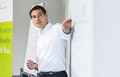 Prof. Möller im Seminar