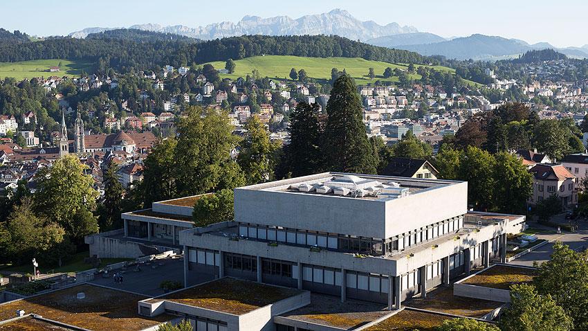 Ansicht der Universität und Umgebung